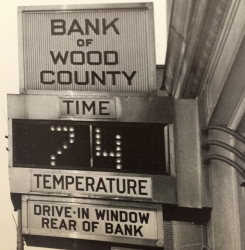 Bank of Wood County Clock