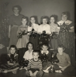 Girl Scouts South Main 1957 Mrs Arnold, Beth Ann Noe, Jan Chamberlain, Harriet Mills, Suzanne, Rectenwald, Susie Wolf, C